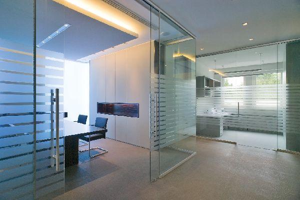 Vetreria serafino catania lavorazioni artigianali for Divisori in vetro per ufficio prezzi