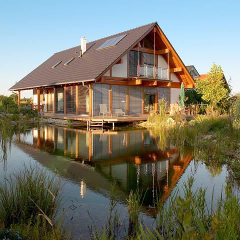Greenbuild costruzione case in legno attrezzature for Case legno antisismiche prezzi