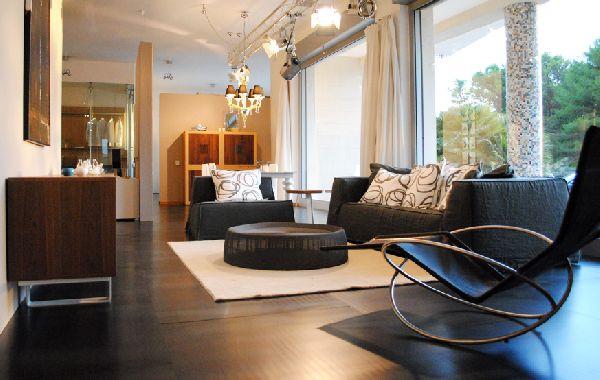 A d srl arredamento di design per interni ed esterni for Arredamenti martina franca