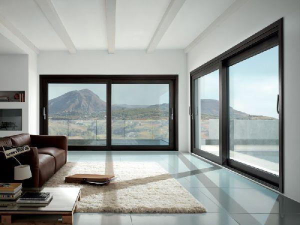 Windor srl porte e finestre taranto porte taranto for Finestra esterna scorrevole