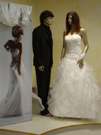 befcfc572104 SCACCO MATTO - Abiti da sposa e per cerimonie SALUDECIO (Rimini)