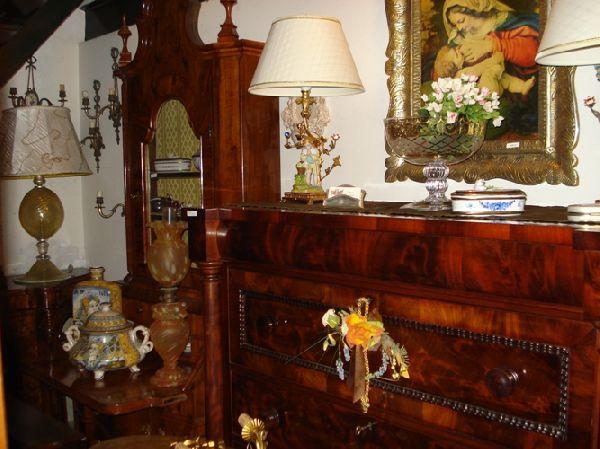 Di Giugno snc - commercio restauro di mobili antichi - Antiquariato, restauro, mobili d'epoca ...
