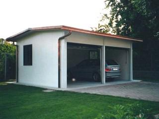 Centro box di fabbri giovanni produzione prefabbricati for Ampio garage per auto