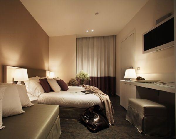 Hotel ines albergo con piscina e ristorante a cattolica hotel cattolica rimini - Albergo con piscina in camera ...