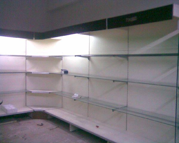 Arredi negozio usati for Negozi di arredamento palermo