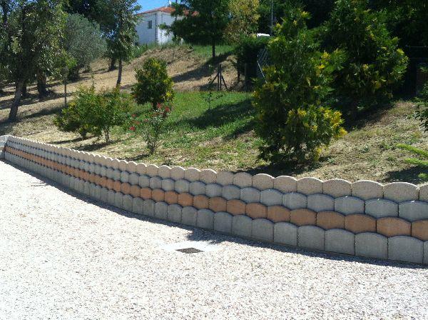 Muri controterra a secco delle monache valentino figli - Muri da giardino ...